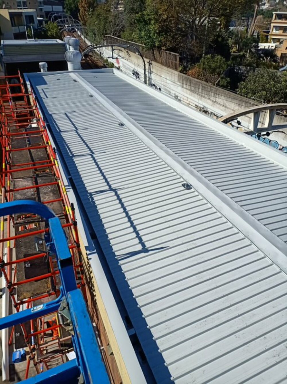 Roof and gutter Works, Sydney Trains, Edgecliff