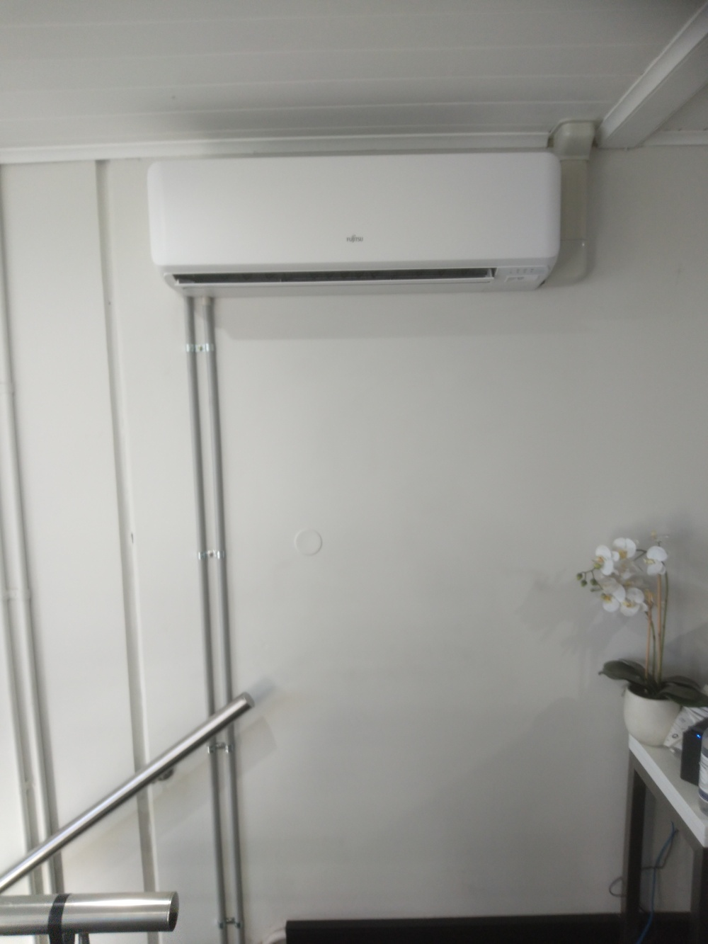 Air conditioning installation office