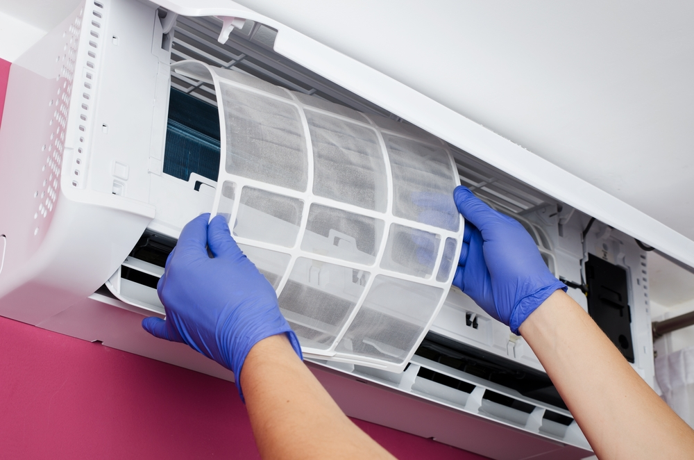 Air conditioner filter maintenance